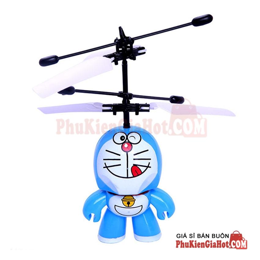 may-bay-cam-ung-doremon-co-remote-2
